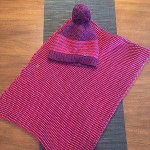 Lole Women's Waffle Knit Infinity Scarf & Hat Set